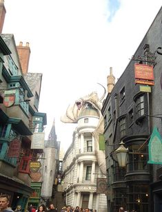 Visiting Universal Studios Orlando and Islands of Adventure in 2016: How to do 2 parks in one day