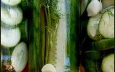 Σπιτικό τουρσί με φρέσκα αγγουράκια! Pickles, Cucumber, Pickle, Zucchini, Pickling