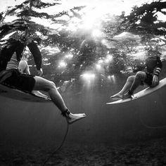 #underwater #surf #surfer #surfing #surfergirl #extreme #wave #blackandwhite #ingravidos I