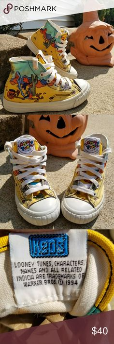 1994 Looney Tunes Keds 💞 Very Used needs cleaning I do not want to clean them because I am not a professional I do not want to damage them.  Over 20 years old   Size 12 Toddler Keds Shoes Sneakers