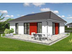 Bungalow 92 - #Einfamilienhaus von Town & Country Haus Lizenzgeber GmbH | HausXXL #Bungalow #klassisch #Walmdach