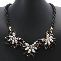 Resin Flowers Necklaces & Pendants Women Rope Chain Statement Necklace Fashion Women Collars Kolye Jewelry For Lady Gifts Party