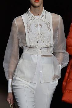 Elisabetta Franchi at Milan Fall 2015 (Details)