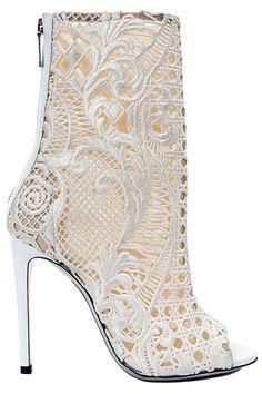 ♔ Balmain - Women's Accessories - 2013 Spring-Summer Hot Shoes, Crazy Shoes, Me Too Shoes, Lace Shoes, Summer Boots, Spring Shoes, Spring Summer, Stilettos, Women's Pumps