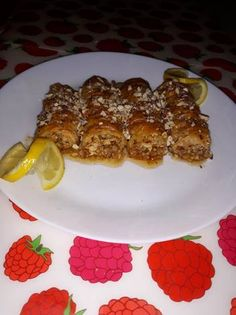 Waffles, French Toast, Deserts, Breakfast, Recipes, Food, Desserts, Meal, Dessert