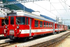 Swiss Railways, Train, Safety, Photos, Zug, Rolling Stock, Paint Line, Photo Illustration, Security Guard