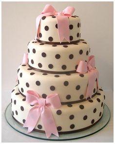 bolo com laços
