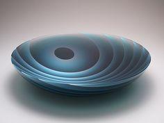 Yukako Kojima Layers of Light - Moon Stained Glass Patterns, Stained Glass Art, Mosaic Glass, Fused Glass, Art Of Glass, Glass Vase, Glass Bowls, Glass Installation, Jiyong