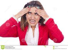 mulher com expressão de dor - Pesquisa Google