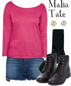 """Malia Tate, episode outfit from 4x01""""The Dark Moon""""