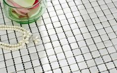 MOS1030 Mosaic Tile - Marble mosaic wall tiles in white colour made from square tumble stone