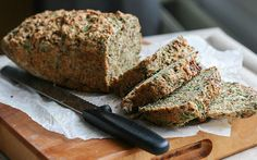 <p>In this recipe, fresh spinach, caramelized onions, and walnuts are combined in a savory bread. </p>