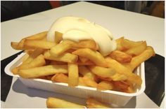 patat met mayonaise!
