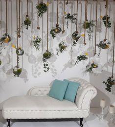 Ιδιαίτερες διακοσμητικές λεπτομέρειες για στολισμό γάμου και βάπτισης - από το Dream the Day by Lia Kelli. Δείτε περισσότερα στο Gamos Portal! Love Seat, Couch, Throw Pillows, Country, Furniture, Home Decor, Settee, Toss Pillows, Decoration Home
