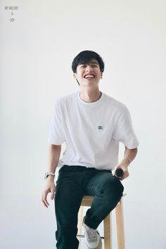 Breathe, Dramas, 2moons The Series, Boyfriend Photos, Sitting Poses, Cute White Boys, Boy Photography Poses, Thai Drama, Celebs