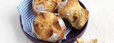 Früchtebrötchen - Rezept | Swissmilk Baked Potato, French Toast, Muffin, Breakfast, Ethnic Recipes, Food, Whole Wheat Flour, Baking, Food Food
