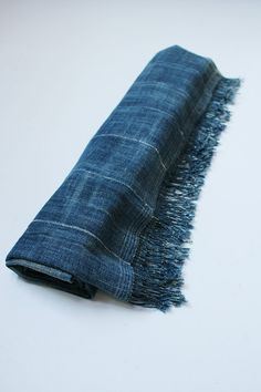 Indigo dyed shawl/big size/1950's/hand-weaving/hand-stitch/African/natural indigo/