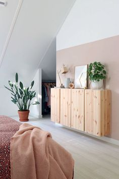 Obtain More Wonderful Scandinavian Interior Bedroom Plants Ideas. Adorable Bedroom Plants For Scandinavian Style Ideas Decorating a Scandinavian interior can be very complicated, especially if y. Scandinavian Interior Bedroom, Scandinavian Interior Design, Nordic Bedroom, Bedroom Plants, Bedroom Decor, Bedroom Ideas, Small Home Offices, New Bedroom Design, Home And Deco