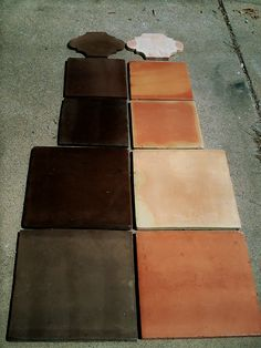 dark stained saltillo tile---where can I find the black? Spanish Tile, Spanish House, Spanish Modern, Painting Tile Floors, Painted Floors, Southwestern Tile, Terracotta Floor, Dark Stains, Living Room Flooring