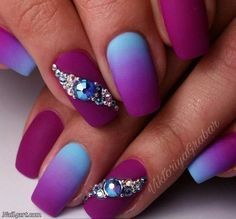 Ombre Nail Art Designs, Nail Art isn't simply your typical nail job. Nail art is associate degree exclusive niche that's gaining quality in late times. New Nail Designs, Beautiful Nail Designs, Ombre Nail Designs, Creative Nail Designs, Trendy Nails, Cute Nails, Acrylic Nails, Gel Nails, Matte Nails