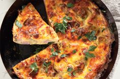 Ham and mushroom tart South African Dishes, South African Recipes, Quick Meals, No Cook Meals, Mushroom Tart, Mushroom Quiche, Food Network Recipes, Cooking Recipes, Banting Recipes