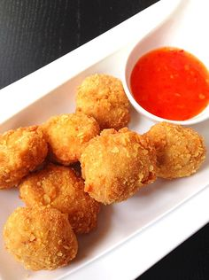 Kipnuggets met sweet chili saus
