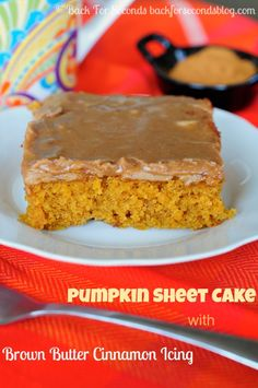 Pumpkin Spice Sheet Cake with brown butter cinnamon icing - seriously out of this world delicious!!! #pumpkin #fallbaking