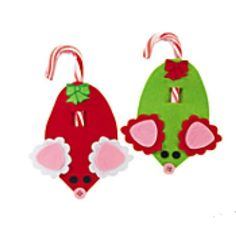 These cute mouse candy cane holders are great Christmas crafts for kids of all age. Hang these sweet candy cane mouse holders all over your Christmas tree and t