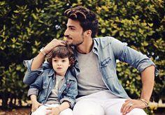 Combina el look de padre e hijo.