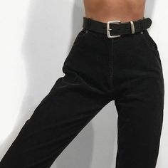I need black jeans Look Fashion, Korean Fashion, Fashion Beauty, Fashion Outfits, 90s Fashion, Catwalk Fashion, Latest Fashion, Fashion Women, Fashion Trends