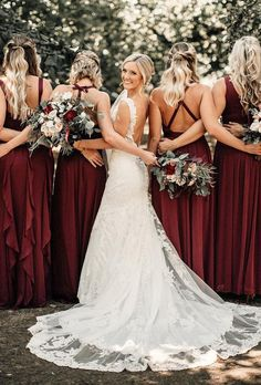 Wonderful Perfect Wedding Dress For The Bride Ideas. Ineffable Perfect Wedding Dress For The Bride Ideas. Wedding Goals, Wedding Pics, Dream Wedding, Wedding Ideas, Budget Wedding, Photo Ideas For Wedding, Perfect Wedding, Wedding Dress Pictures, Bridal Pictures