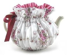 french rose tea cozy - I think I'm going to crochet one in this style - wrapped from the bottom up instead of covering top down. Tea Cosy Pattern, Tea Cozy, Rose Tea, Mug Rugs, Tea Set, Diy For Kids, Kettle, Printing On Fabric, Tea Party