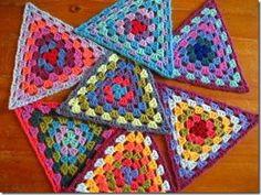 Transcendent Crochet a Solid Granny Square Ideas. Inconceivable Crochet a Solid Granny Square Ideas. Point Granny Au Crochet, Grannies Crochet, Crochet Motifs, Granny Square Crochet Pattern, Crochet Squares, Crochet Stitches, Crochet Patterns, Crochet Bunting Free Pattern, Hexagon Crochet