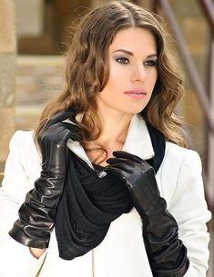 Women's elegant long leather gloves warm lining black and red leather gloves women gift/ opera gloves Black Leather Gloves, Napa Leather, Leather Pants, Elegant Gloves, Moda Formal, Gloves Fashion, Long Gloves, Dress Gloves, Women's Gloves