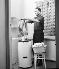 "Using ""Frania"" washing mashine / Poland 60ties / thanks to Pewex - https://www.facebook.com/photo.php?fbid=10151168818154629=a.239694979628.134873.49990724628=1"