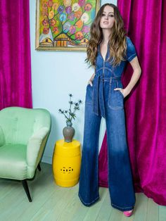 Lyst - Alice + Olivia Gorgeous Wide Leg Jumpsuit in Blue 70s Outfits, Tumblr Outfits, Cool Outfits, Fashion Outfits, Jumpsuit Outfit, Denim Jumpsuit, Overalls, Big Fashion, Denim Fashion