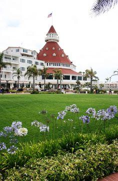 ciao! newport beach: hotel del coronado ~ gardens