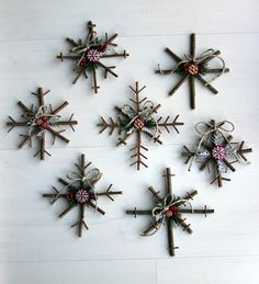 Rustic Snowflake Tutorial - can be used as ornaments, gift wrapping, garland, or anything creative!