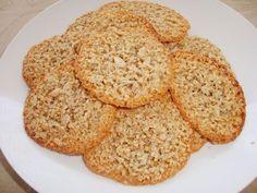 Spröda och goda flarn utan vare sig smör eller mjöl. De har en god nötsmak och känns nyttiga trots att de innehåller socker. Passar perfekt ...