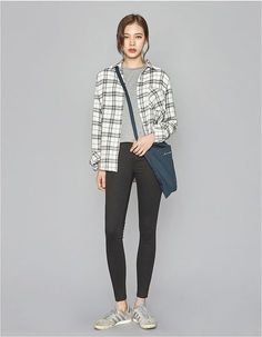 Trendy fashion casual outfits winter minimal chic Definitely, it is extremely monotonous regarding functioning Minimal Chic, Minimal Fashion, Trendy Fashion, Casual Winter Outfits, Chic Outfits, Fashion Outfits, Work Outfits, Best Winter Coats, Brand New Day