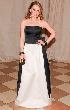 Brit Awards 2016, Kylie Minoque, Cavalli Dress, Stella Mccartney Dresses, Glamour Magazine, Column Dress, Embroidery Dress, Fashion Books, Couture Fashion