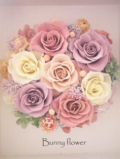 プリザーブドフラワーフォトフレームアレンジBunny flower★ http://ameblo.jp/blog-charis/ http://www.rakuten.co.jp/bunny-flower/