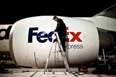 Bloomberg News: FedEx Said to Weigh Boeing, Airbus Wide-Body Order to Renew Delivery Fleet. #Aviation