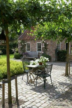 Farmyard, Nieuw Loosdrecht – Debie & Verkuijl - All For Garden Back Gardens, Small Gardens, Dutch Gardens, Garden Cottage, Home And Garden, Garden Farm, Cacti Garden, Cozy Cottage, Flowers Garden