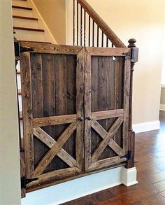 30+ Graceful Ways to Remodel a House With Pallets Wood
