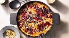 Baked Oatmeal for a Crowd with Berries and Seeds - Brunch Recipes Breakfast Casserole Easy, Breakfast Bake, Breakfast Dishes, Breakfast Recipes, Breakfast Ideas, Brunch Ideas, Martha Stewart Recipes, Baked Oatmeal, Protein Oatmeal