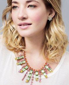 Idée et inspiration Bijoux :   Image   Description   colorful statement necklace