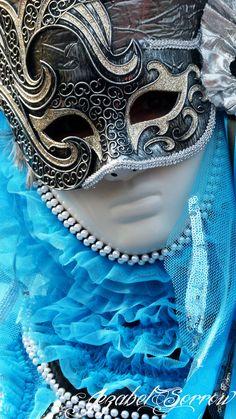 venice carnival 2014 | Tumblr Venetian Carnival Masks, Carnival Of Venice, Venetian Masquerade, Masquerade Ball, Venice Carnivale, Venice Mask, Carnival Outfits, Carnival Costumes, Venitian Mask