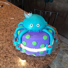 A special little girls 4th birthday cake. Octopus fondant cake #adorable