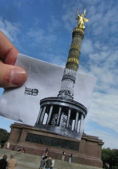 The Victory Column is a monument in Berlin, Germany. Foto by Chris